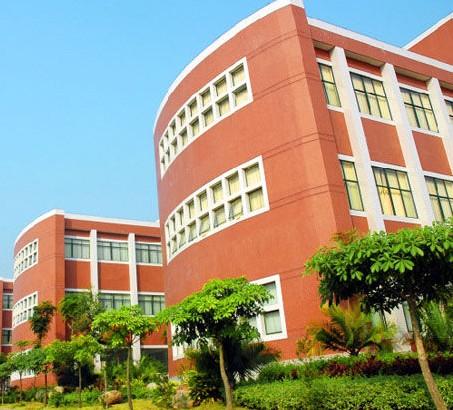 广州华商职业学院收费标准